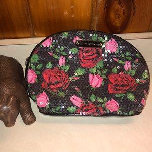Betsy Johnson Makeup bag 💄